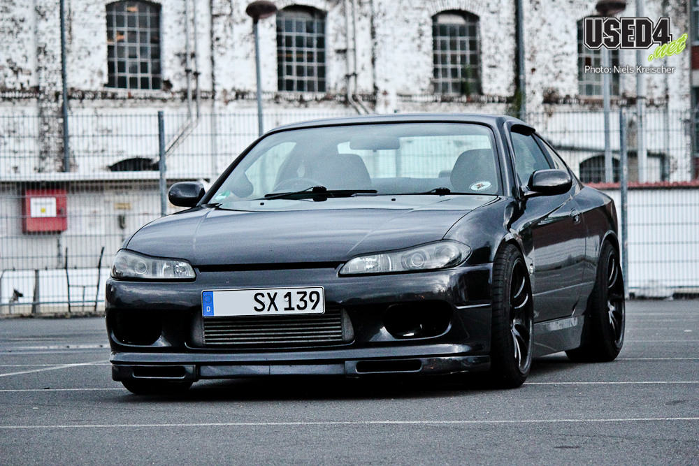 Black and Green: Ein Monster namens Silvia