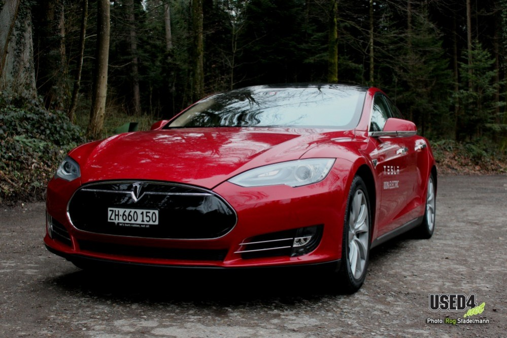 Tesla Model S: Stealth Modus